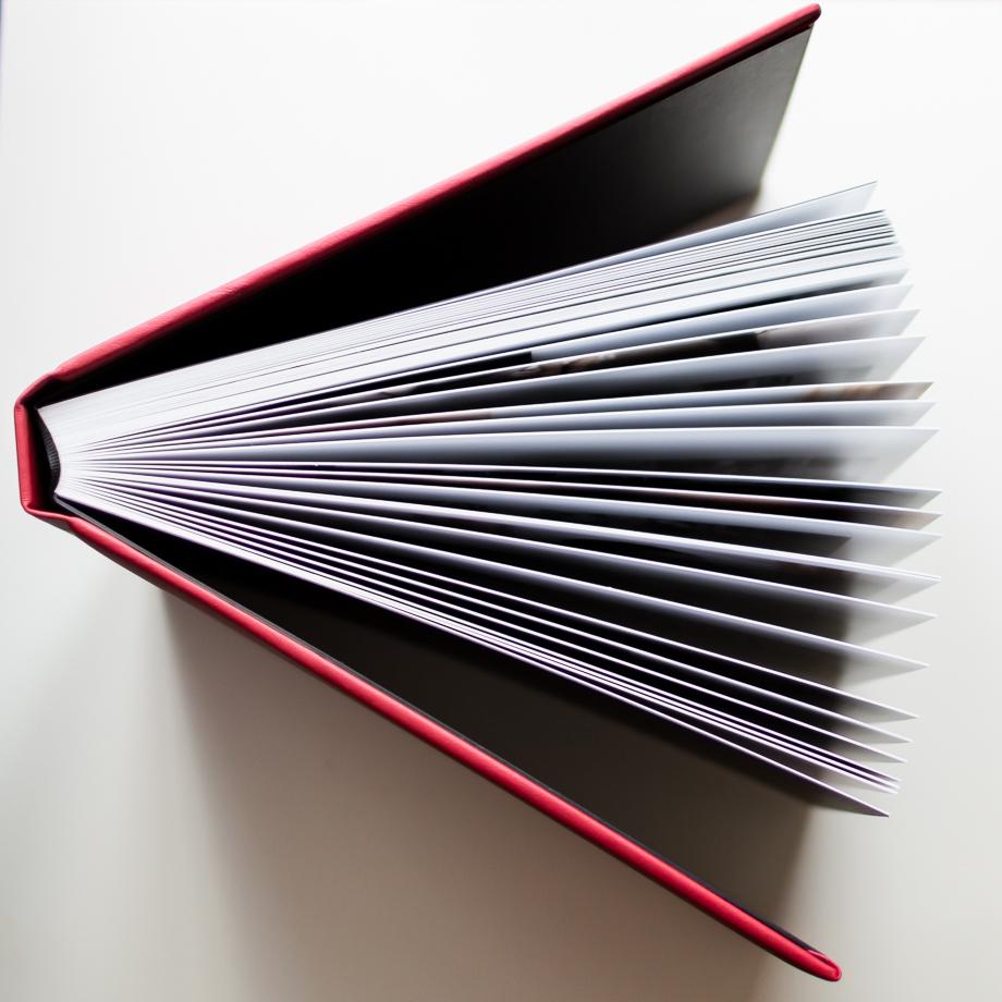 Le livre des mariés pages épaisses