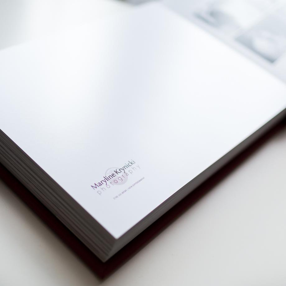 Signature du livre des mariés